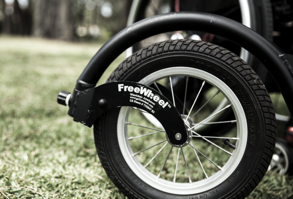 Freewheel on wheelchair