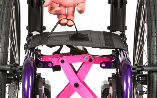 Zippie X'Cape folding mechanism