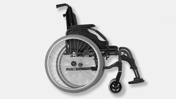 Invacare Action 3NG side on