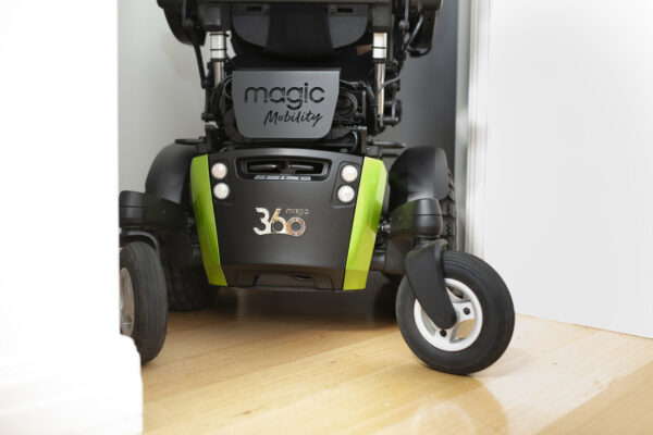 Magic Mobility 360 - turning in tight spaces
